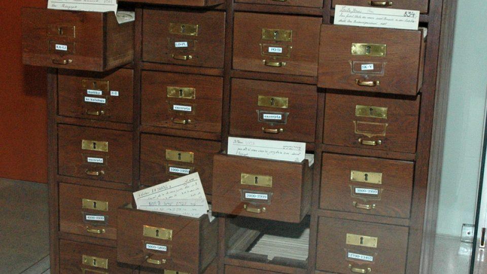 Lístkový katalog knihovny Židovského muzea