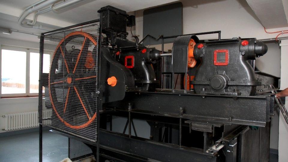 Strojovna páternosteru, prohlídka zrekonstruovaných prostor historické budovy Českého rozhlasu