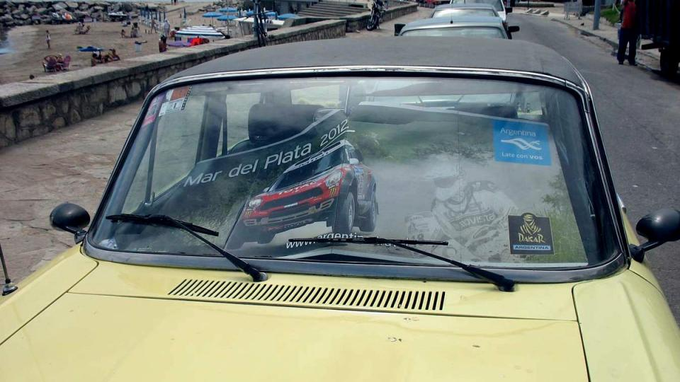 Rallye Dakar 2012 má reklamu všude