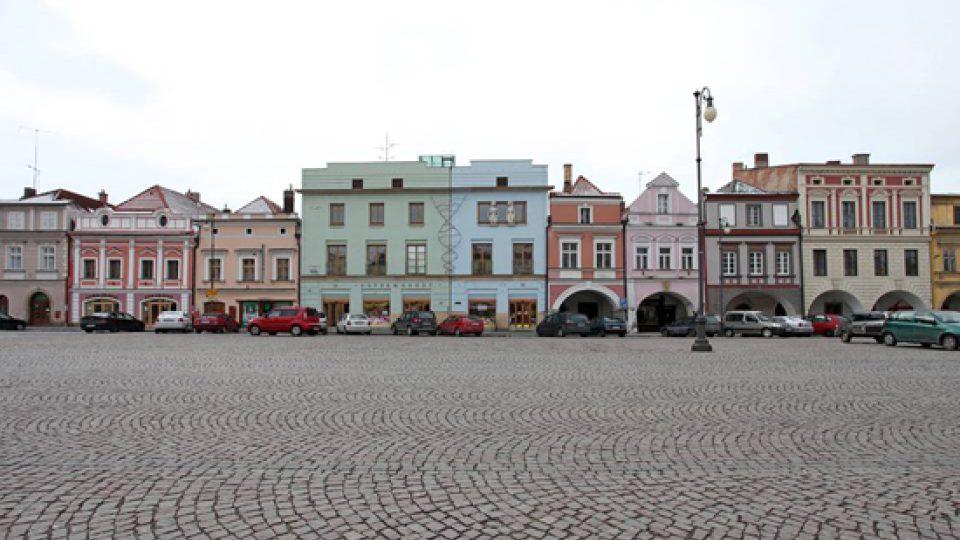 Nakonec realizovaný dvojdům v Litomyšli, stav v lednu 2013