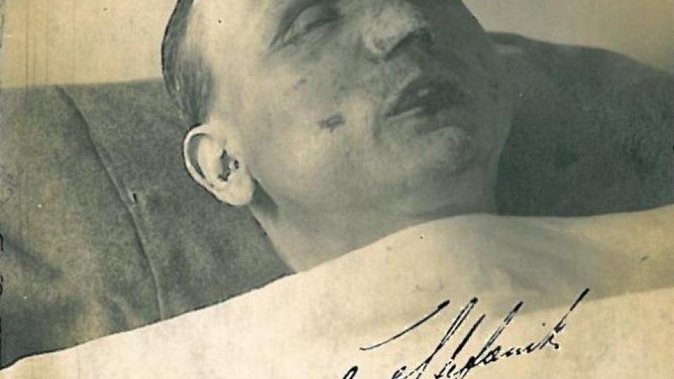 Posmrtná fotografie M. R. Štefánika