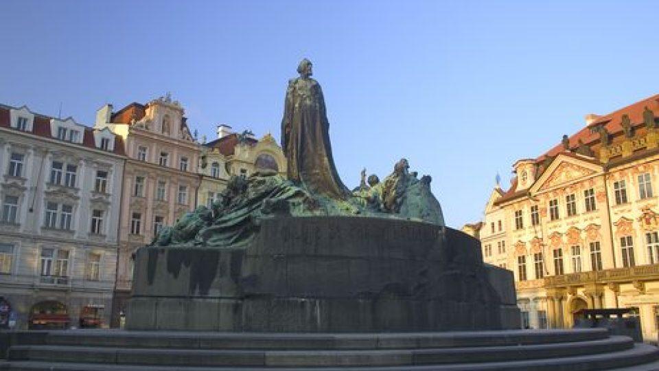 Pomník Ladislava Šalouna na Staroměstském náměstí