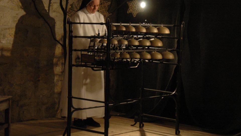 Sestra dominikánka u zvonkohry