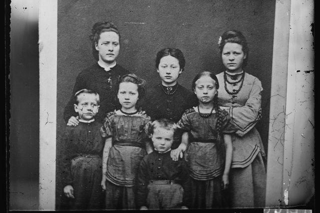 Rodinná fotografie, rok 1860 až 1900